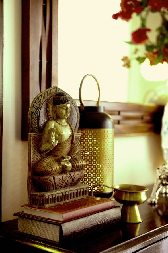 Sujatha And Bharath S Madras Apartment A Home With A Persona Decorating Blogs Buddha Decor Indian Interior Design