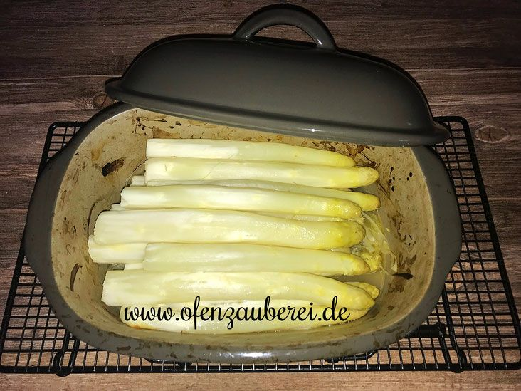 Photo of Delicate asparagus from the oven master, magician or basic set from Pampered Chef®