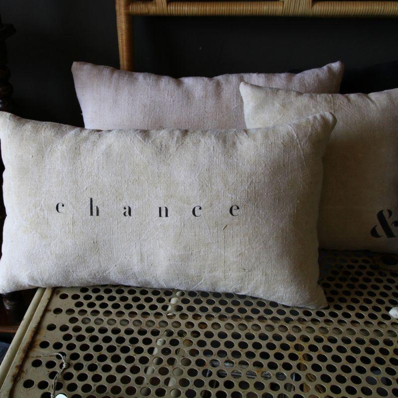 coussin en lin personnaliser typo pinterest coussin lin coussin personnalis et. Black Bedroom Furniture Sets. Home Design Ideas