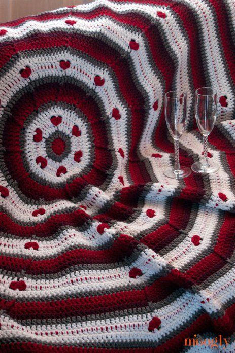 Circle Of Love Afghan - Free Valentines Day Crochet Patterns - The ...