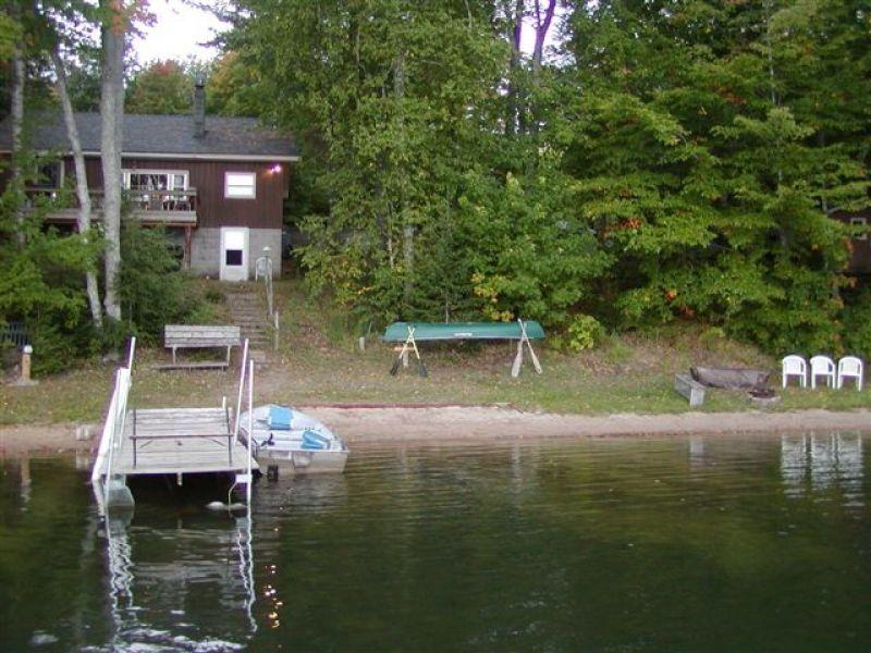 rental michigan midwest lake cabin cabins in harborsprings rentals unitedstatesofamerica secluded near