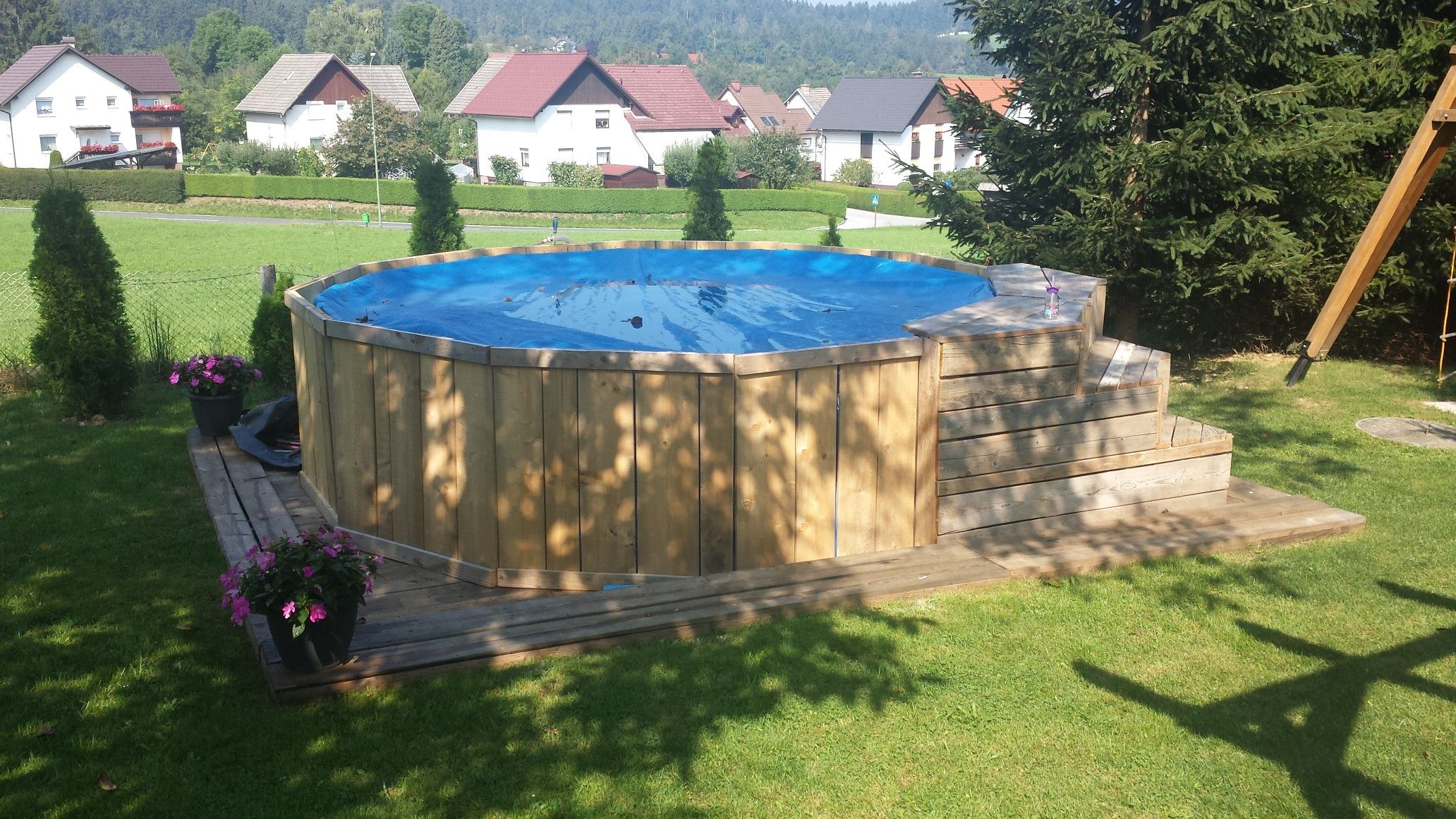 Diy Wooden Pool Frame And Stairs Wooden Pool Pool In Ground Pools