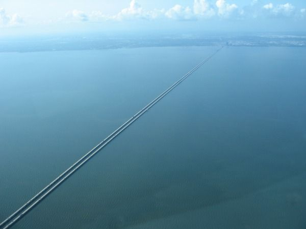 Lake Pontchartrain Causeway Built In In USA The Lake - Longest bridge in the usa