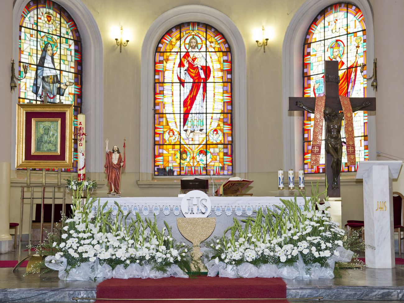 First Holy Communion church decoration #FirstHolyCommunion ...
