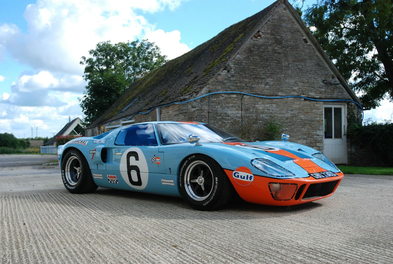 Ford Gt40 Jacky Ickx Gt40 Gulf Colours Sold Ford Gt40 Gt40