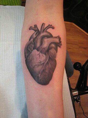 Realistic Heart   Heart tattoo, Tattoos, Mom tattoos