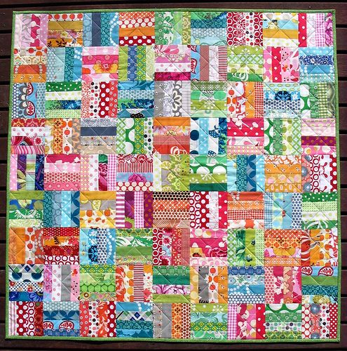 Scrap-a-Licious quilt, alternating cool and warm colors. Red Pepper Quilts.