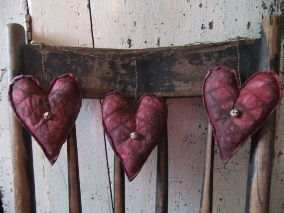 primitive valentine heart garland rustic by treasured primitives - Primitive Valentine Decor