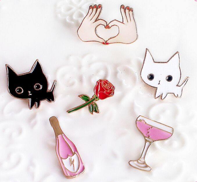 Home & Garden Lapel Pins Metal Badges Fashion Jewelry Cartoon Animal Enamel Pin Button Corsage Cat Brooches Funny Bag Decor