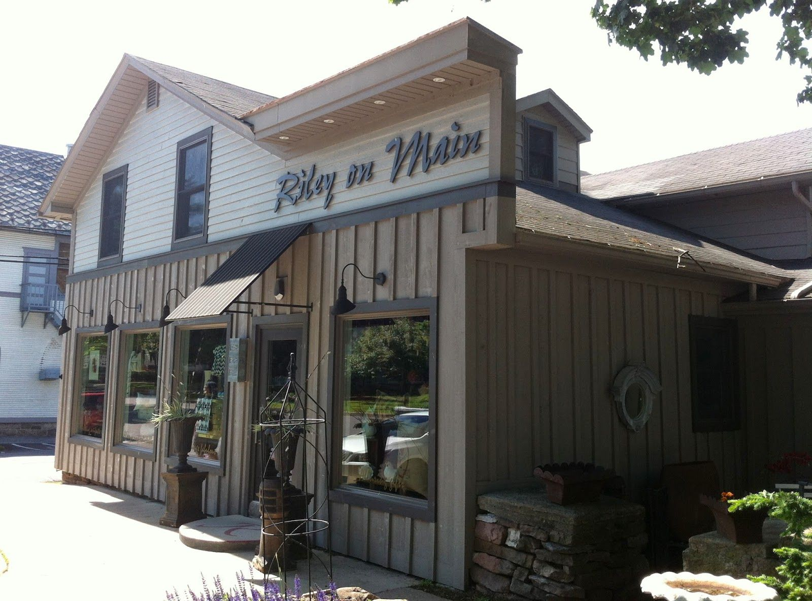 blog post tourists in our own backyard boalsburg shopping