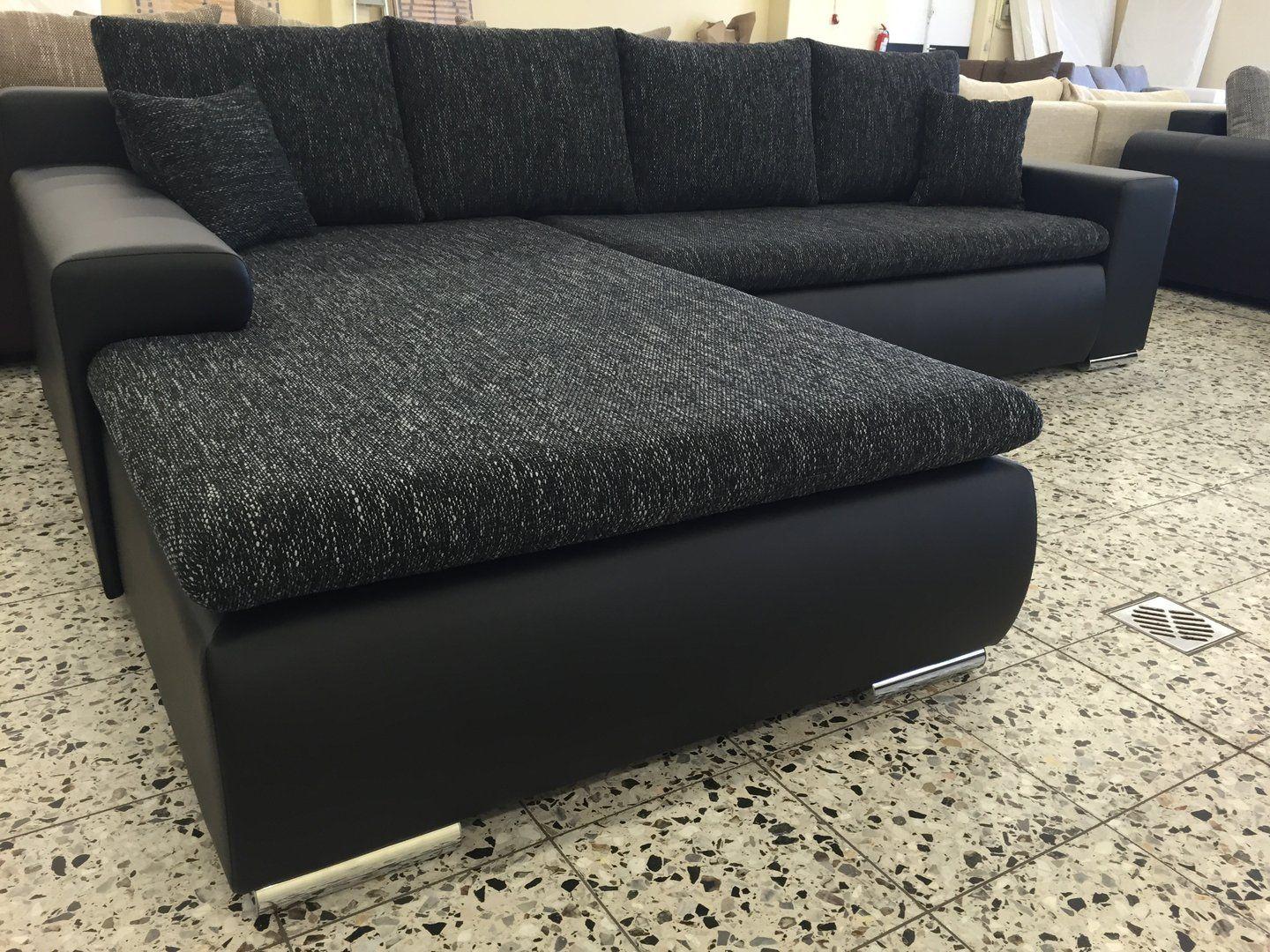 70 Quoet Schlafcouch L Form