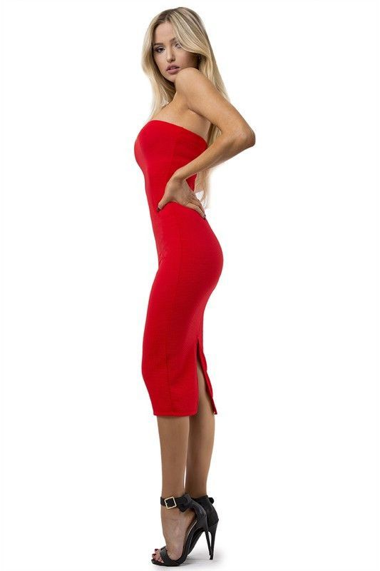57f618284eae COLOR: Red TRUE TO SIZE Model wears size Small Sleeveless Slit in the back  Body hugging Zipper in the back Textured material SHIPPING INFO RETURNS  POLICY