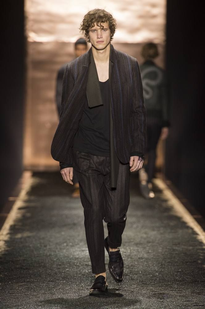 Male Fashion Trends: Berluti Fall/Winter 2016/17 - Paris Fashion Week
