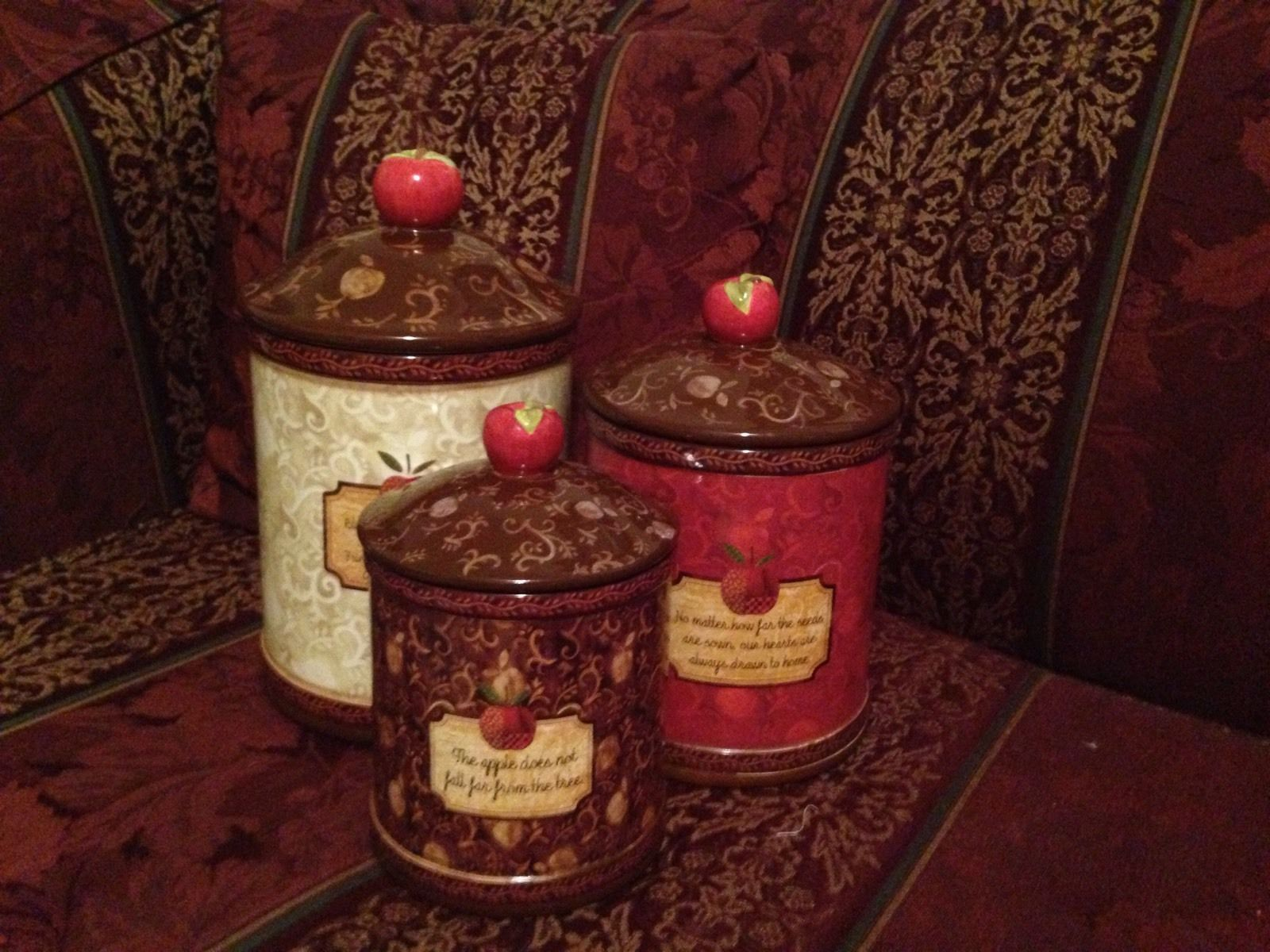 cracker barrel apple collection 3 canister set by wendy bentley cracker barrel apple collection 3 canister set by wendy bentley euc