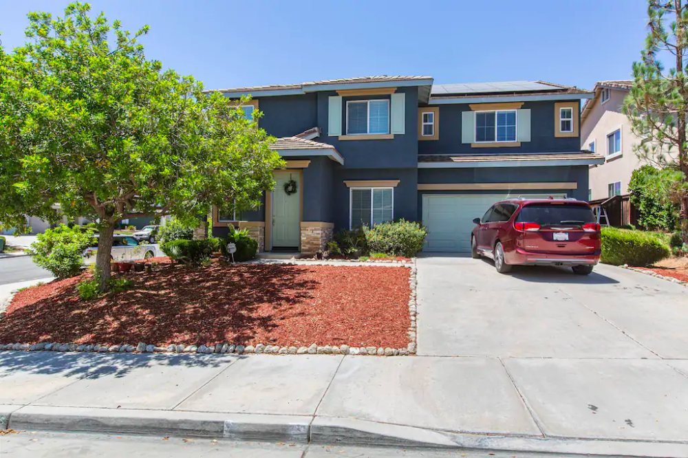 Big Place For The Family Houses For Rent In Murrieta California United States Renting A House House Indoor Fireplace