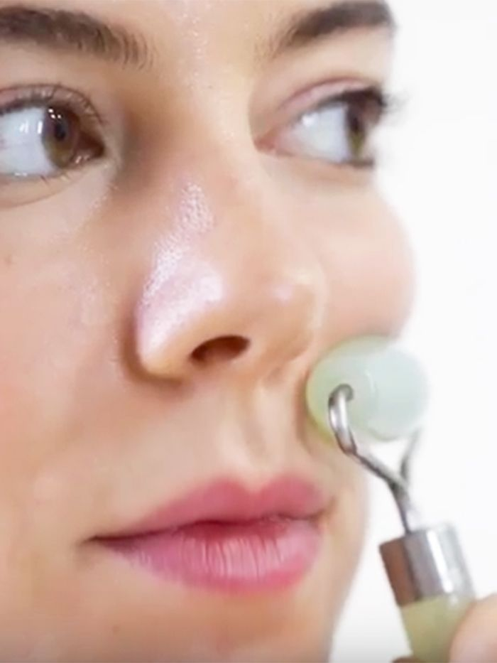 A Beginner S Guide To Jade Rolling Skincare Beauty Secrets Natural Beauty Secrets Beauty Secrets