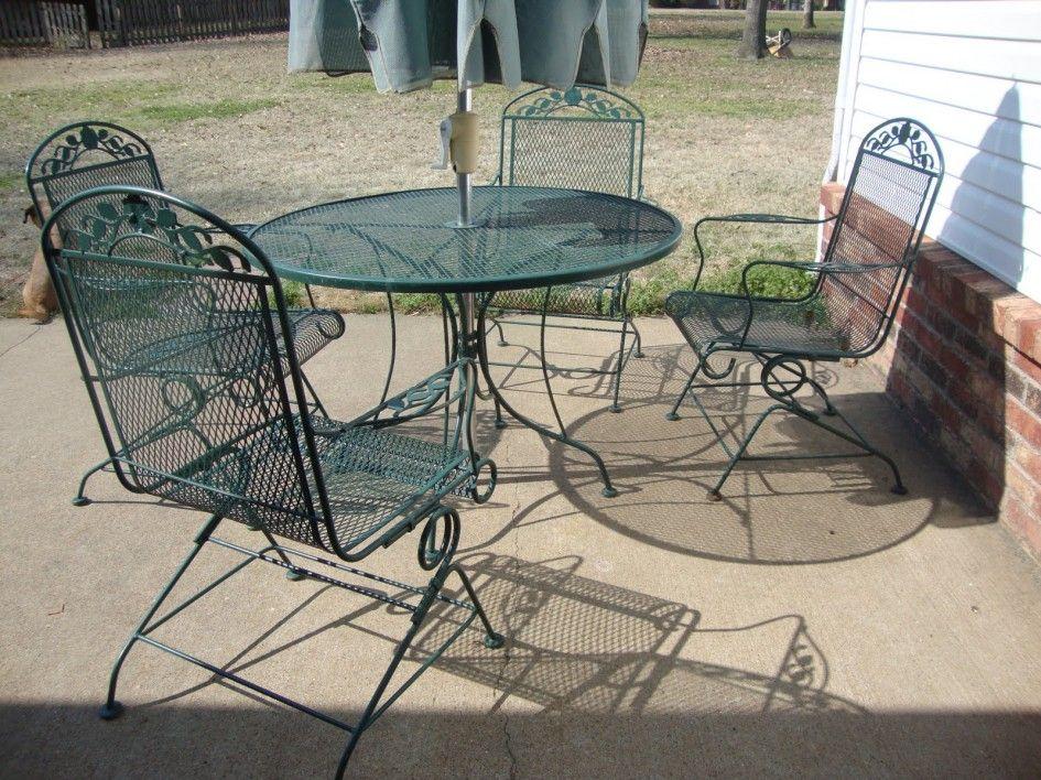 metal mesh patio chairs.  mesh patiofurnitureadorablespraypaintedpatiofurnitureofmetalwiremesh outdoorchairsandtallroundcoffeetablewithgardenumbrellabasefromargos   inside metal mesh patio chairs