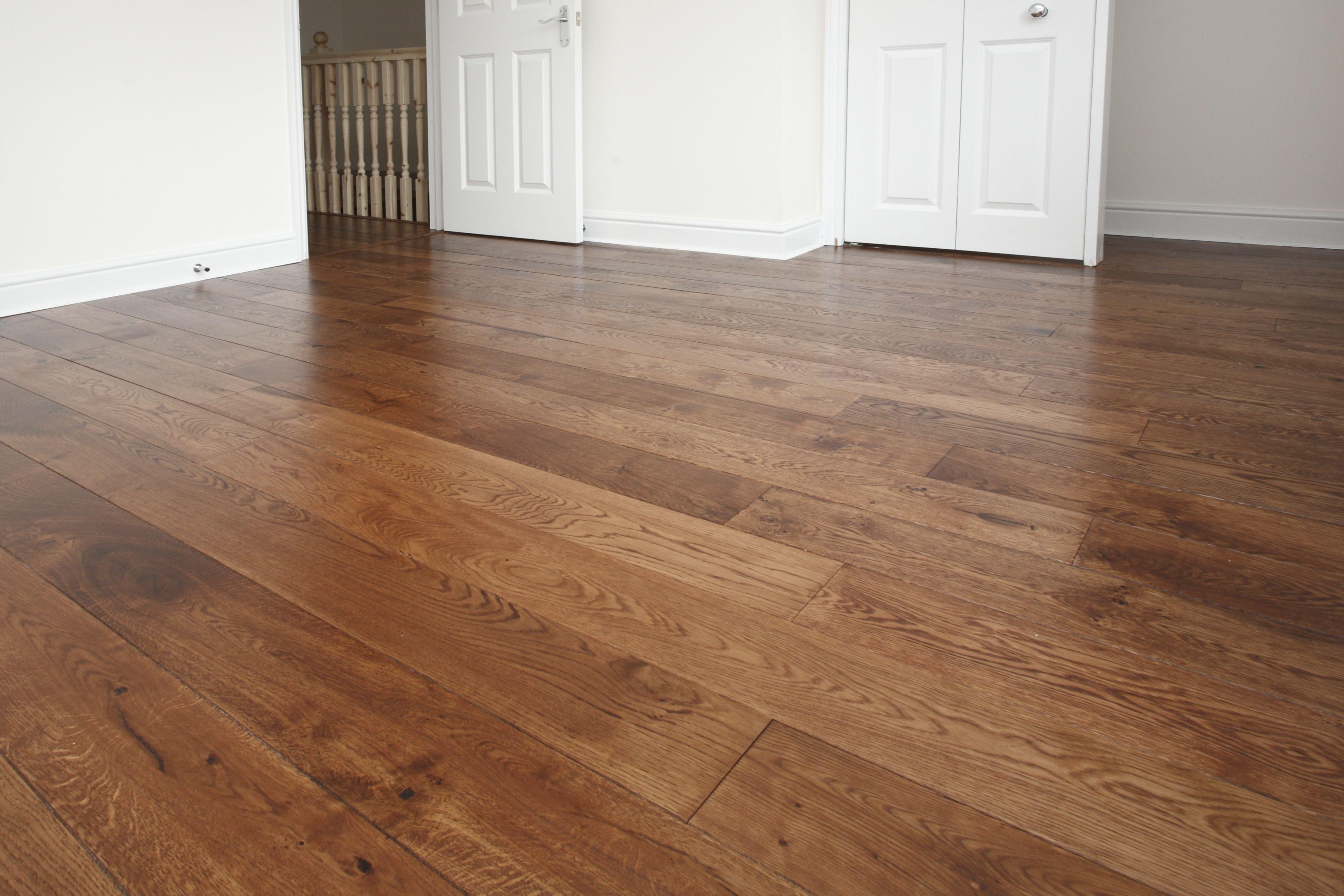 Oak Rustic Grade Engineered Flooring UK Wood Floors