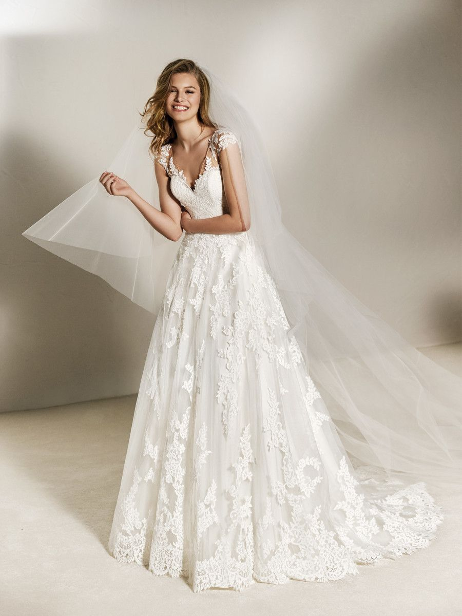 Wedding dress ballgown shortsleeve pronovias collection