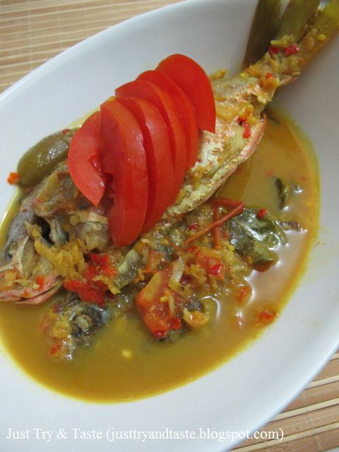 Resep Gulai Ikan Ekor Kuning Gulai Resep Ikan Resep Masakan Asia