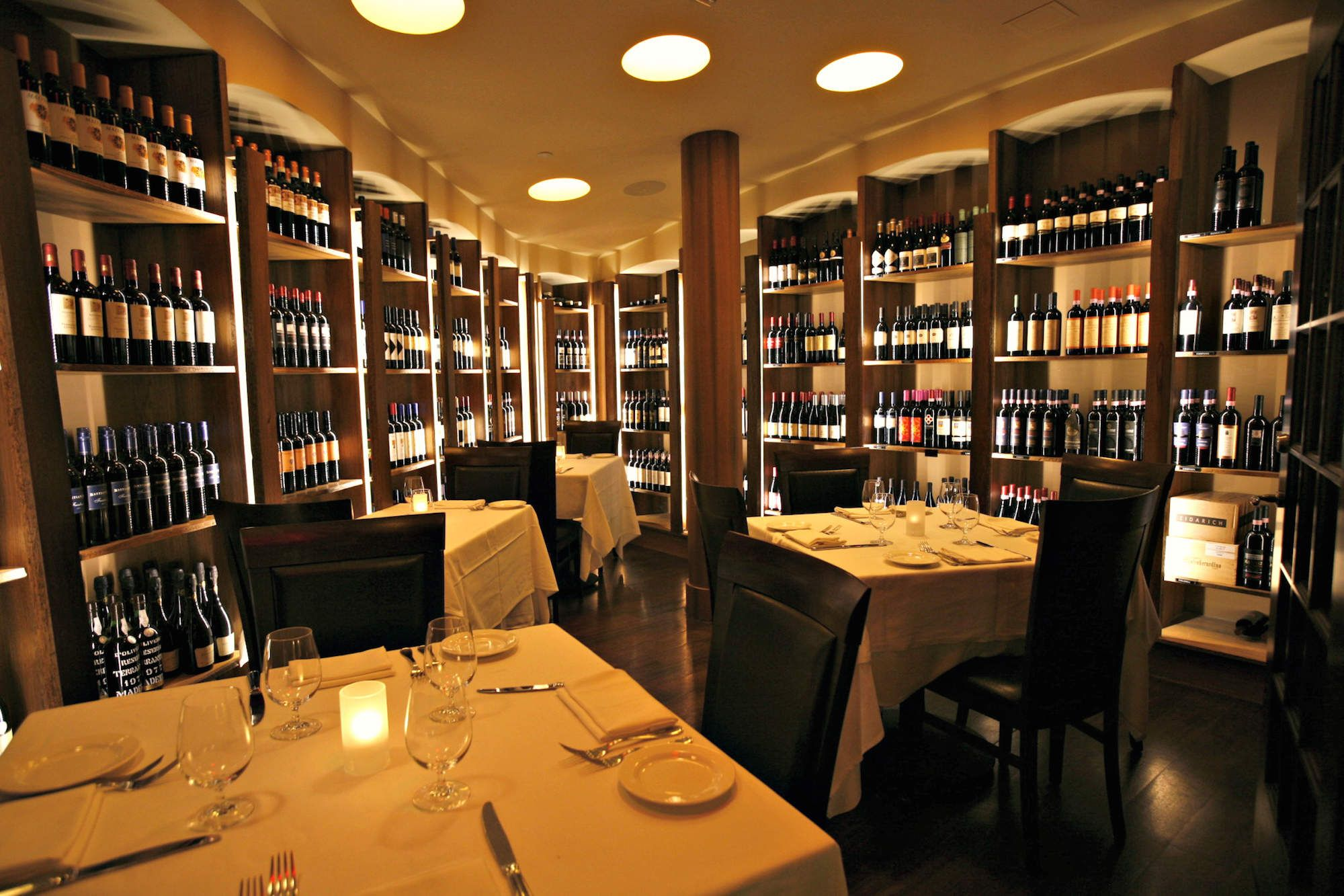 The 16 Best Italian Restaurants In Las Vegas B Ristorante Lv Lasvegas Travel Party Adventure Like Follow Clubs Traveling Wander