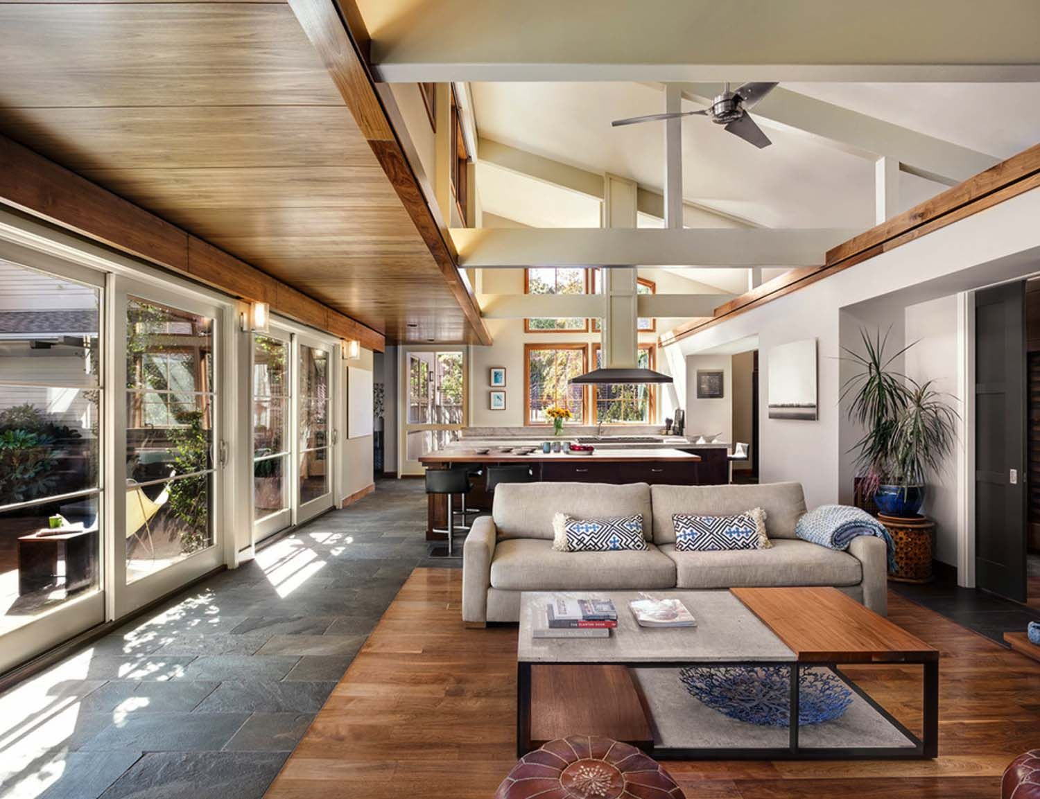 Leed Platinum Contemporary Ranch House In Northern California One