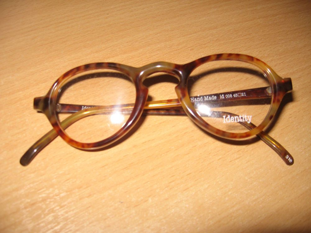 Vintage spectacle faux turtle shell keyhol frame