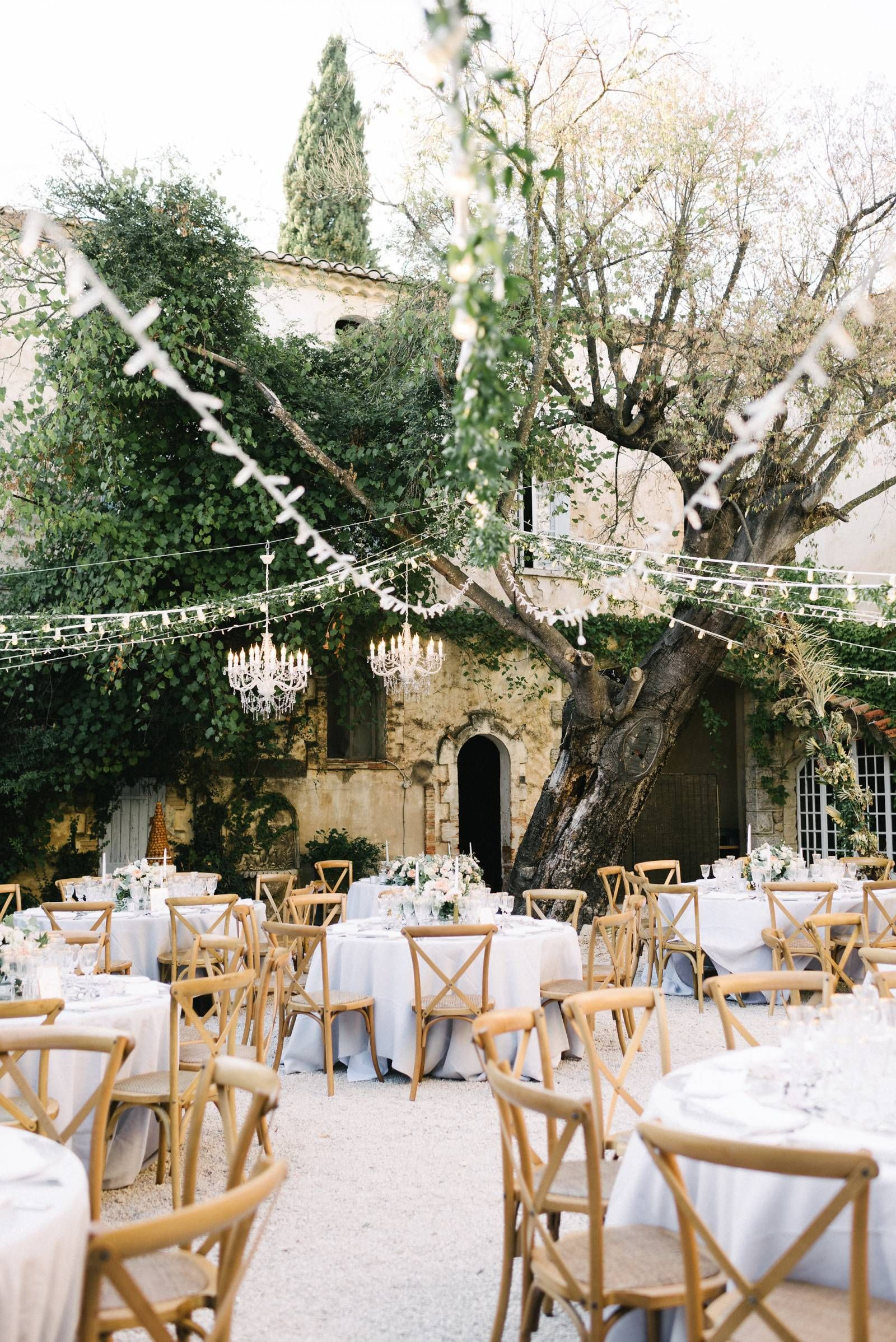 Intimate Relaxed Provence Wedding With A Touch Of Glamour