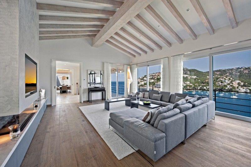 Wohnzimmer Unter Dem Dach In Luxus Villa Mallorca
