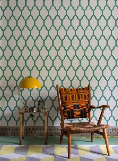 Klassisches Muster Tapete Tessella von Farrow  Ball #diele - moderne tapeten wohnzimmer