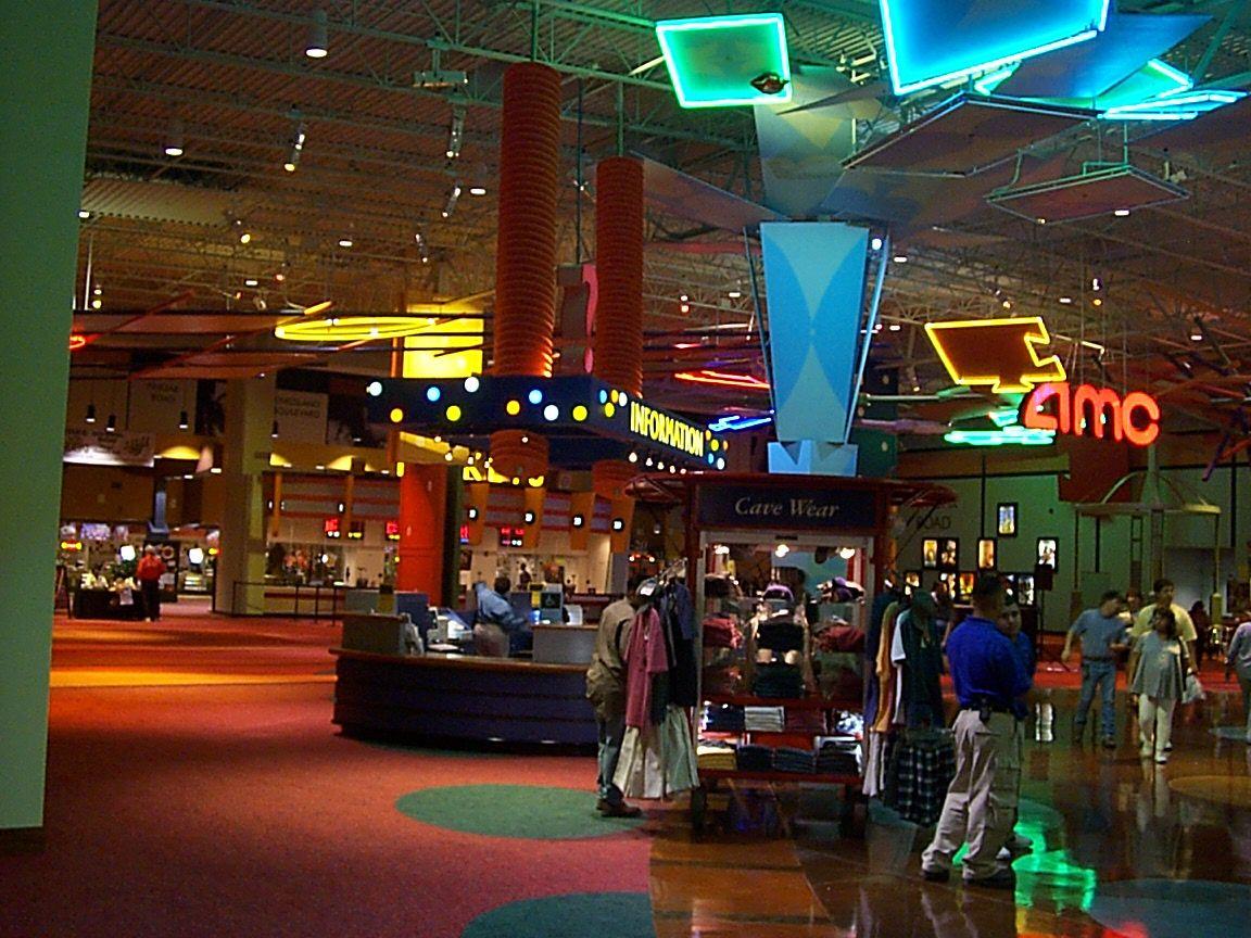 Reviews on Amc Theaters in Houston, TX - AMC Houston 8, AMC Studio 30, AMC Willowbrook 24, AMC Gulf Pointe 30, River Oaks Theatre, iPic Theaters, AMC Fountains 18, Edwards Greenway Grand Palace 24 & RPX, Cinemark Memorial City, AMC Yorktown