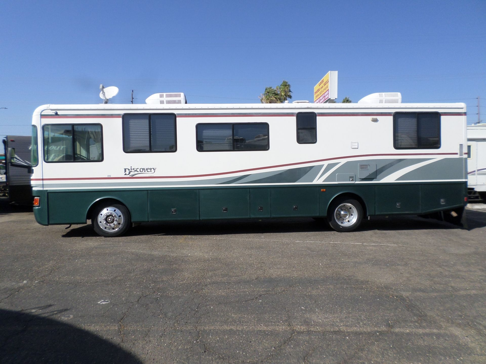 Rv For Sale 1998 Fleetwood Discovery Class A Motorhome Diesel Pusher 38 In Lodi Stockton Ca Fleetwood Discovery Motorhome Rv For Sale