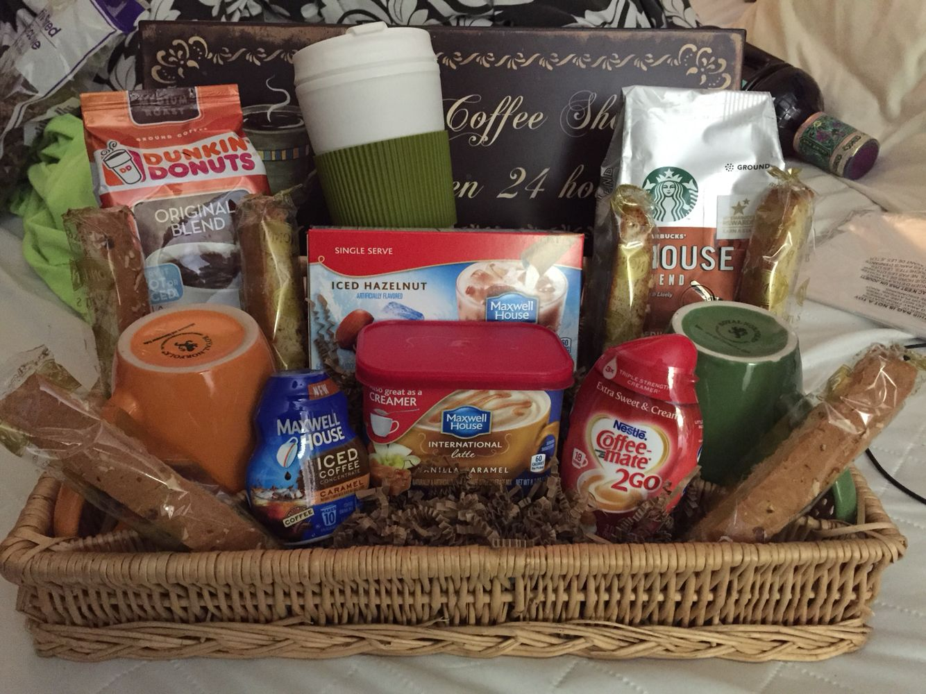 Coffee lovers gift basket raffle basket gift ideas for Homemade christmas gift baskets for couples
