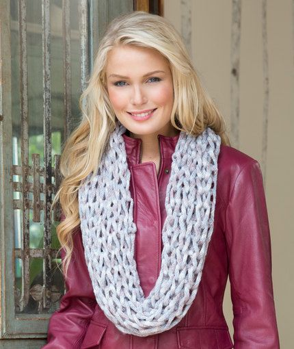 Star Gaze Cowl Free Knitting Pattern from Red Heart Yarns | New, New ...