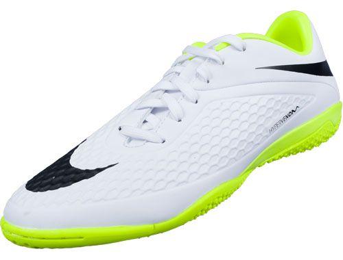 Shop Nike Hypervenom Phantom Soccer Cleats Soccerpro Com Soccer Cleats Nike Soccer Shoes Indoor Soccer Cleats