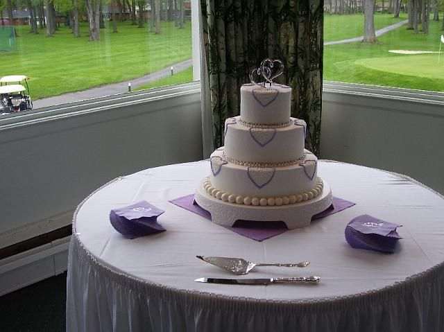 Purple Hearts And Pearl Boarders Wedding Cake By Pm Frosted Www Pmcakes Toledo Ohiopurple
