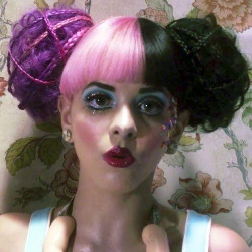 melanie martinez dollhouse