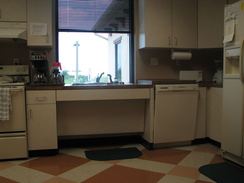 Ada Compliant Kitchen Sink Diy Kitchen Countertop Ideas Check More At Http Www Entropiads Com Ada Compliant Kitchen S With Images Luxury Kitchen Cabinets Luxury Kitchen