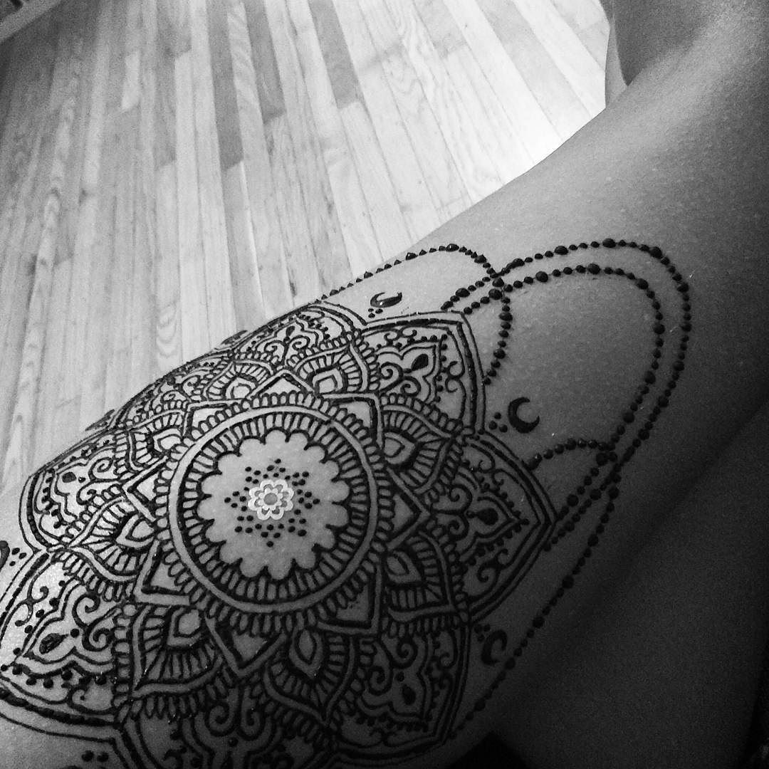 Thigh Henna Tattoos Easy: Pinterest // @alexandrahuffy ☼ ☾ …