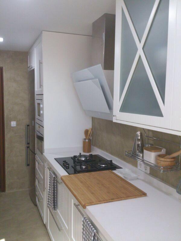Paredes y suelos de microcemento con tonos tierra en tu - Cocinas de microcemento ...