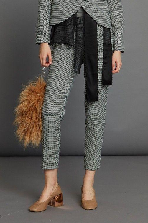 Reversed Petite Jacket Cogent Pant Yeti Clutch