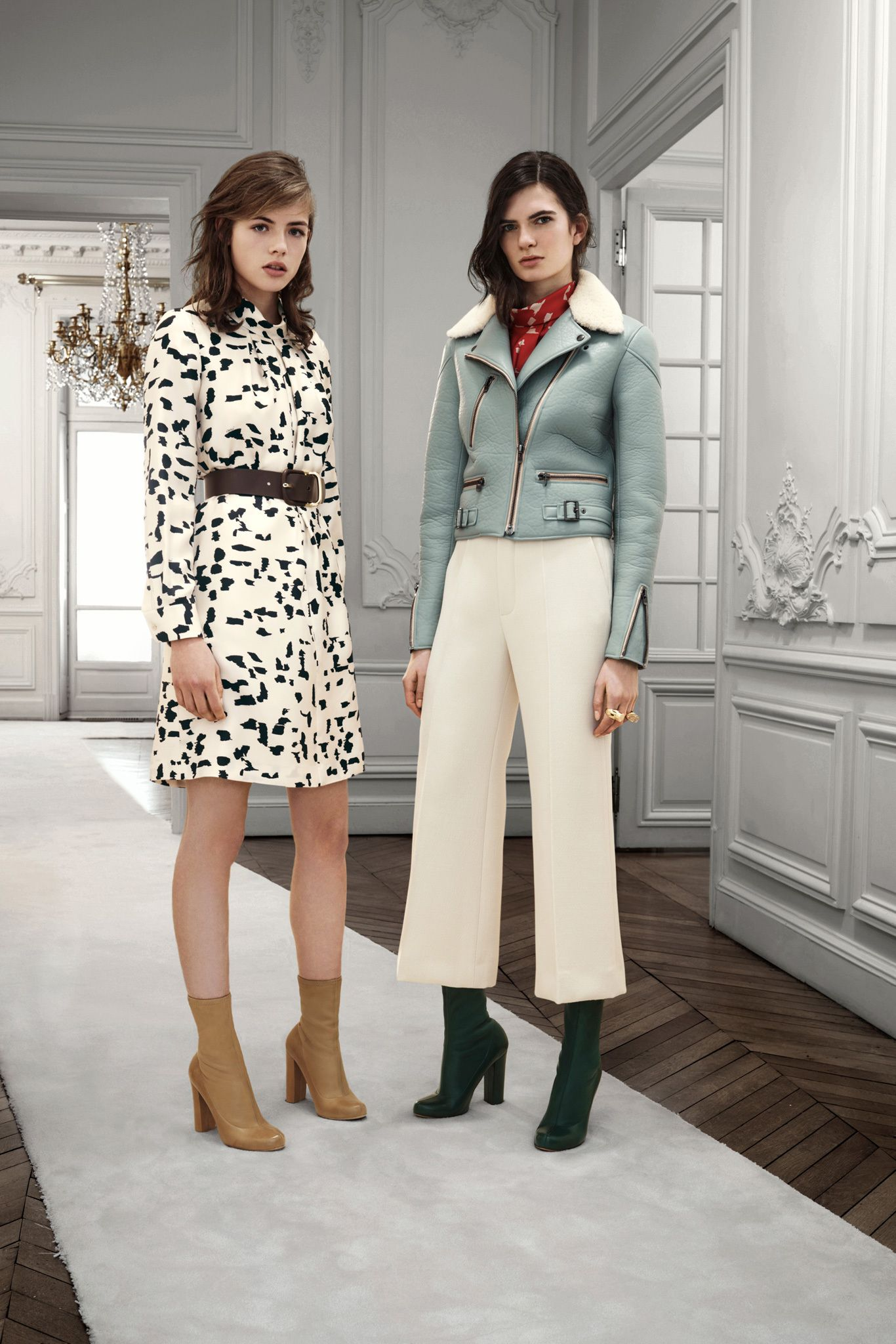 http://www.style.com/slideshows/fashion-shows/pre-fall-2013/chloe/collection