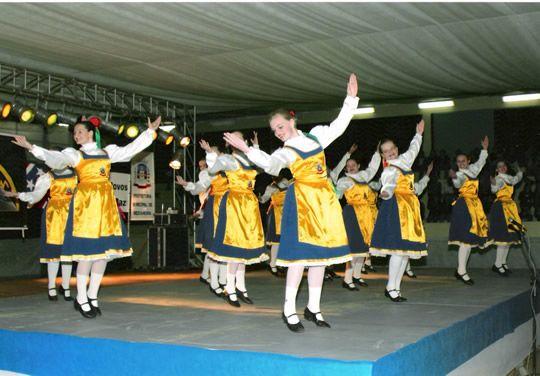 Festival Folclórico de Medianeira.  26/09/2005. Município de Medianeira