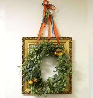 christmas wreath picture frame craft | Halloween, Thanksgiving, Christmas Videos - MyHomeIdeas.com