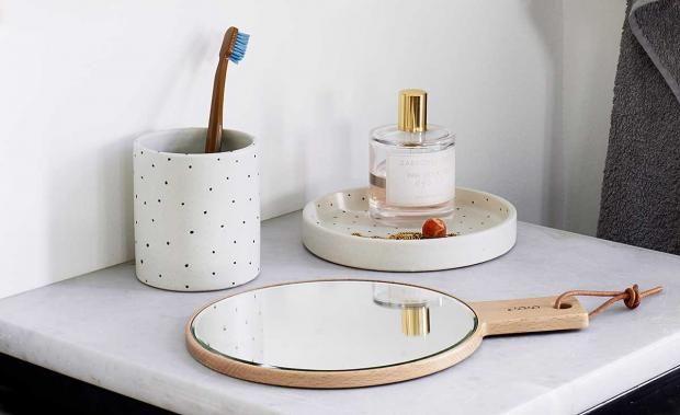 Tüpfel-Keramik für Badezimmer, Küche und Home-Office bei Oyoy