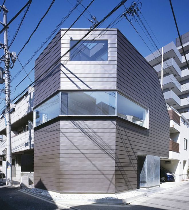Cave Residence in Tokyo by Apollo Architects & Associates