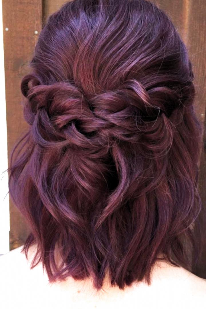 Wedding Favors Bridesmaid Short Shoulder Length Bridesmaid Hair Short Shoul Hairsty In 2020 Short Wedding Hair Bridesmaid Hair Medium Length Bridesmaid Hair Down
