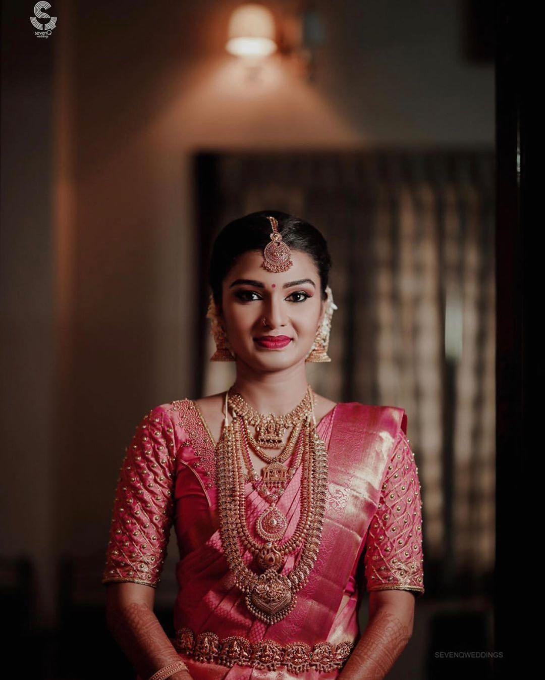 Photo of South Indian bride Pink kanjeevaram saree Bridal jewelry