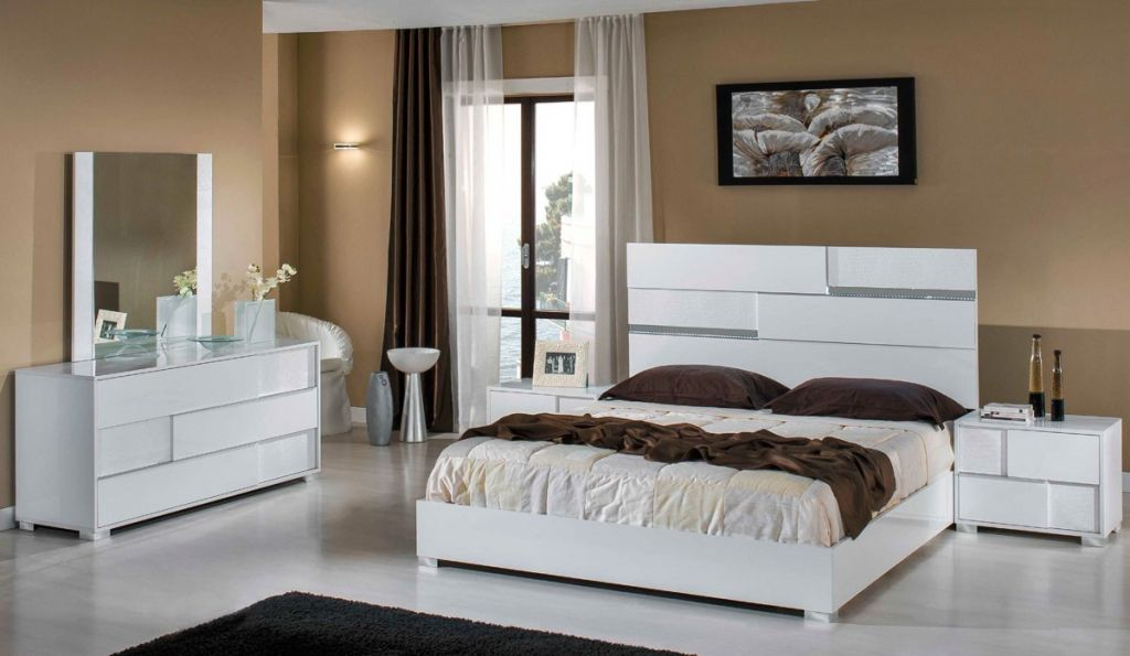 Italian White Bedroom Furniture Interior Designs For Bedrooms