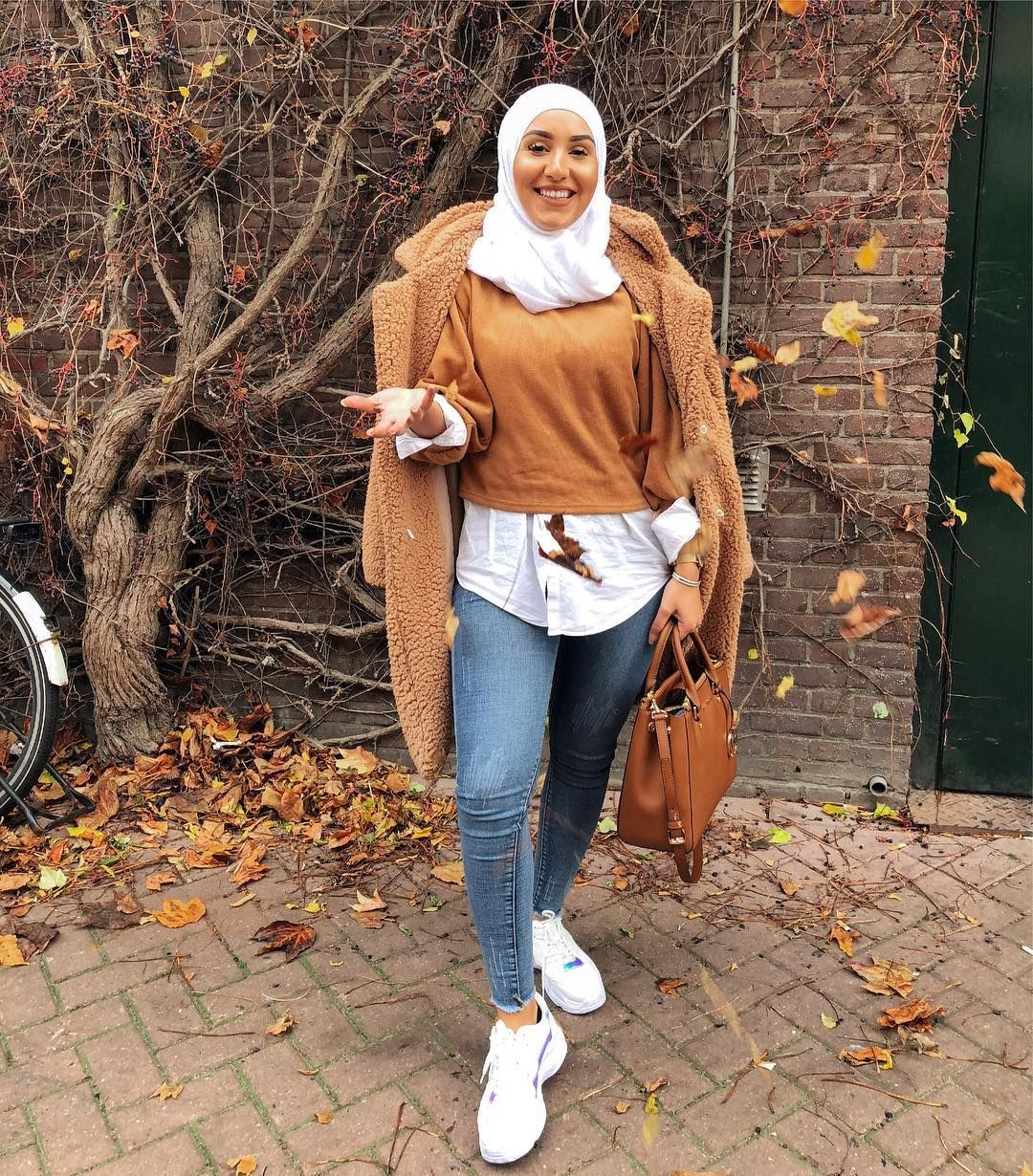Caption this 🍁🍂 ————————————————— Hijab fashion style in ...
